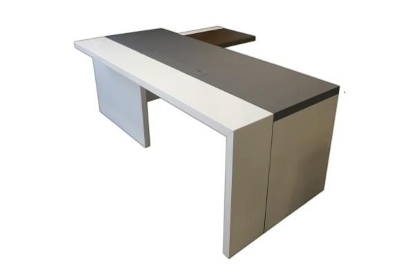 Design-Chefzimmer - Chefarbeitsplatz - Schreibtisch