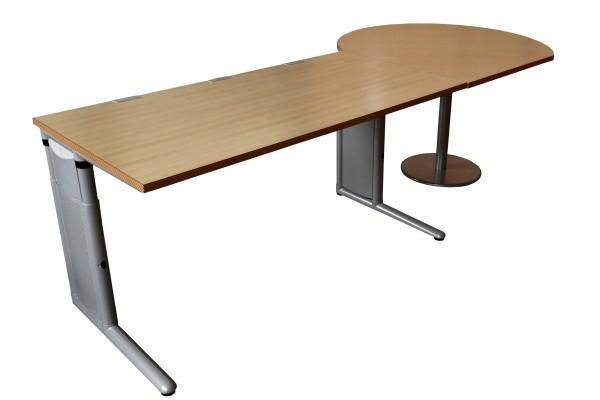 Günstiger, gebrauchter Werndl Schreibtisch mit Besprechungsanbau.